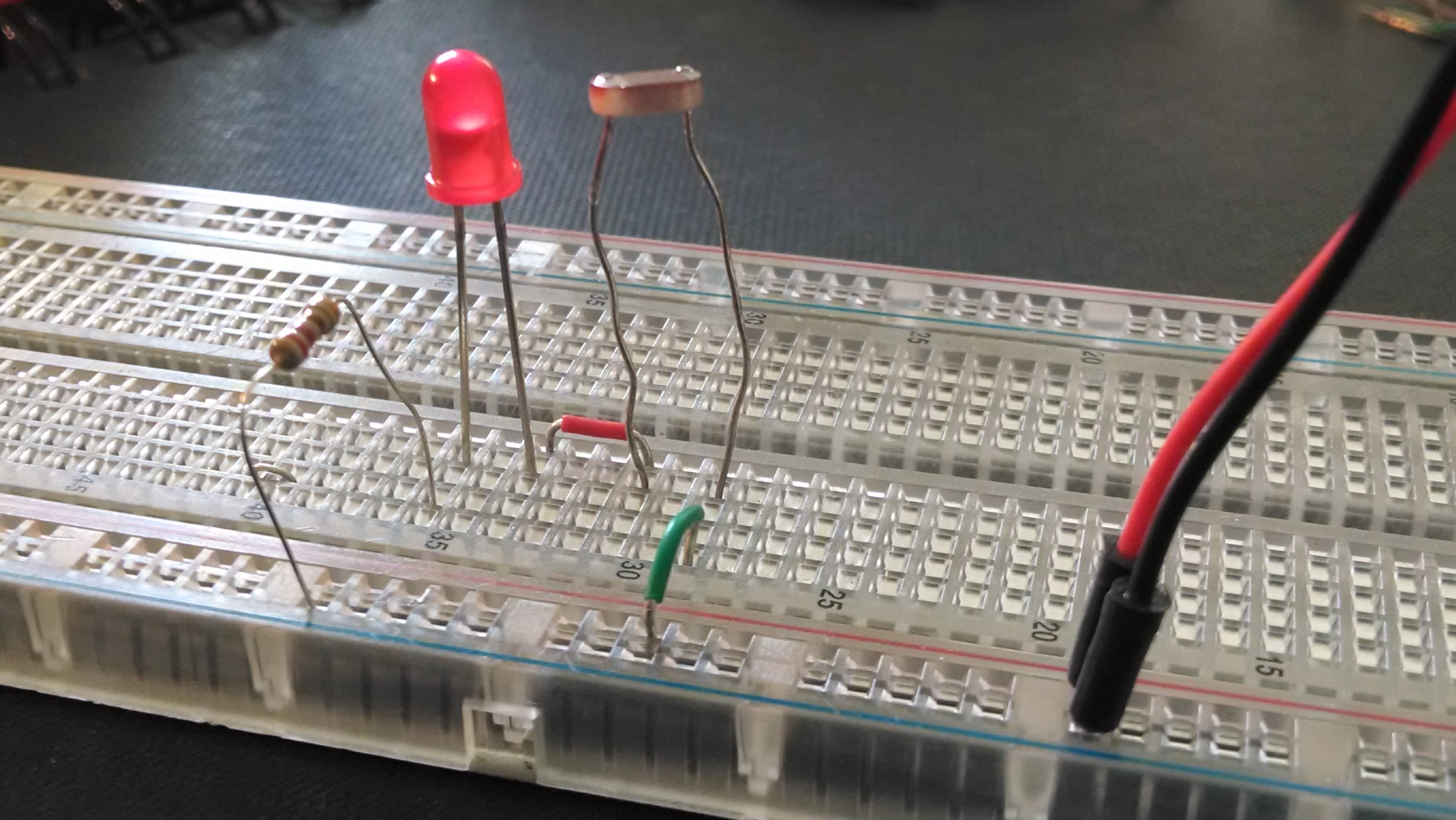 Sparkle Labs Discover Electronics Kit Review