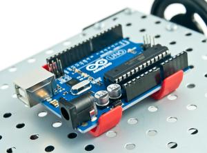 zUno-clip-ArduinoUno-600