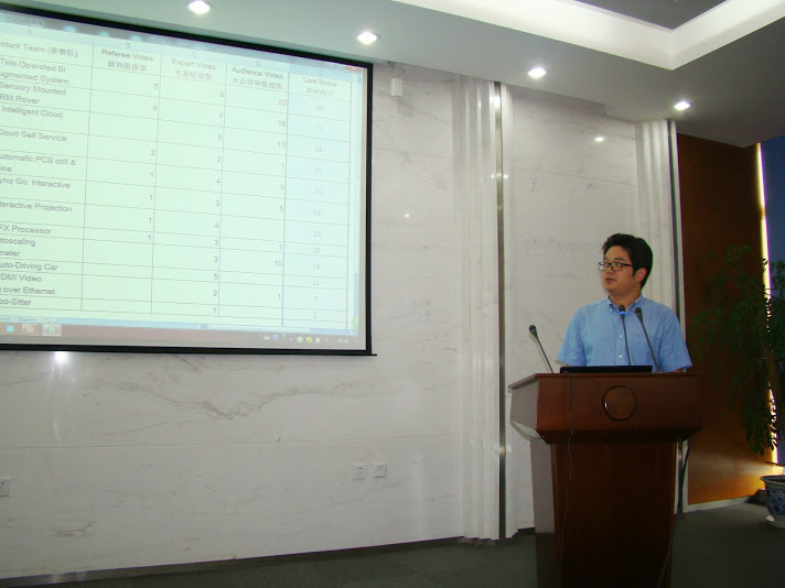 Mr.  Joshua Lu from Xilinx University Program China made a closing speech in the Design Contest