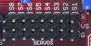 chipkit_pro_mx4:servos.png