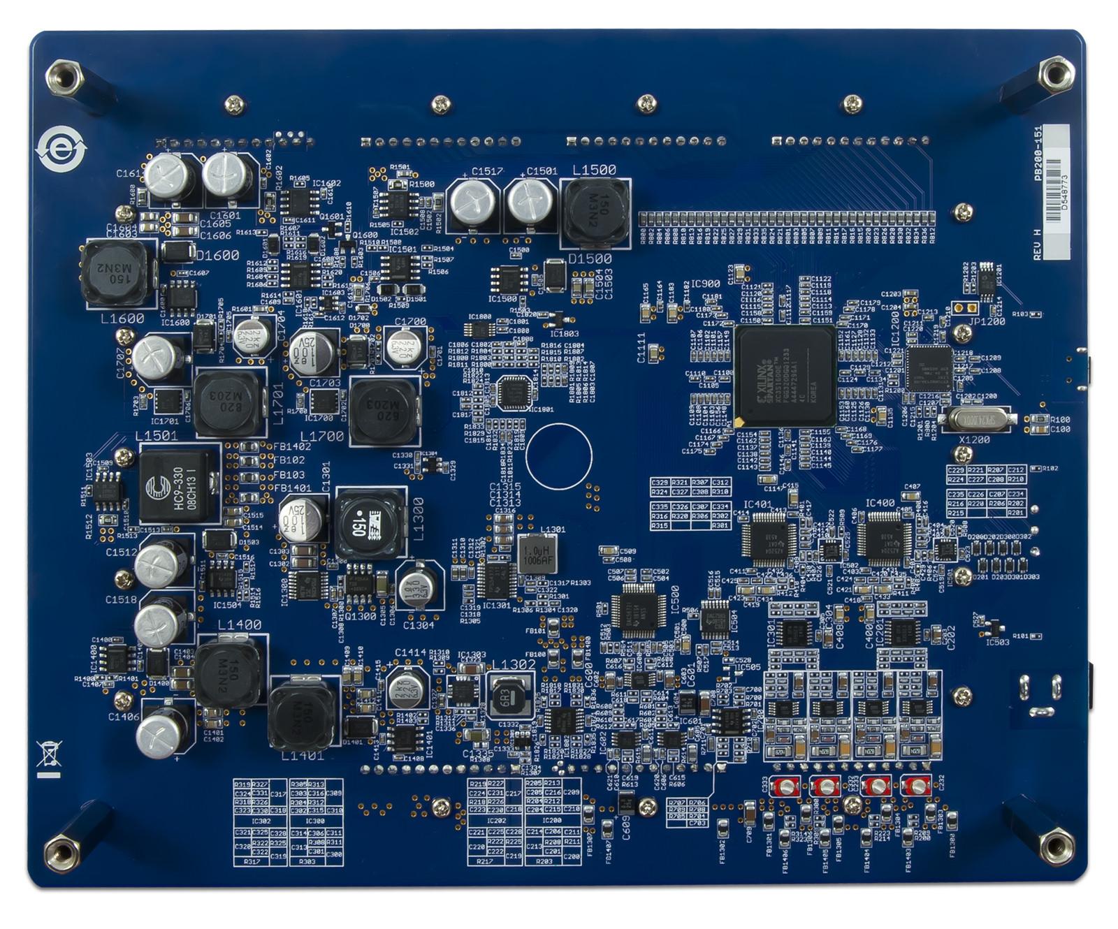 electronics_explorer:15747598397_1ca52e33ff_h.jpg